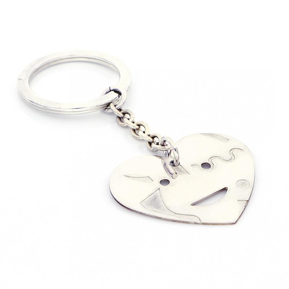 Portachiavi realizzato con elemento cuore Huntington in argento 925